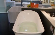 给大家评测下阿波罗的气泡按摩浴缸到底如何