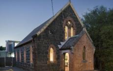 历史悠久的阿尔芬顿教堂住宅一定会吸引买家