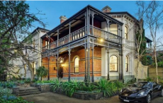 墨尔本一半的房屋价值是购买价格的两倍